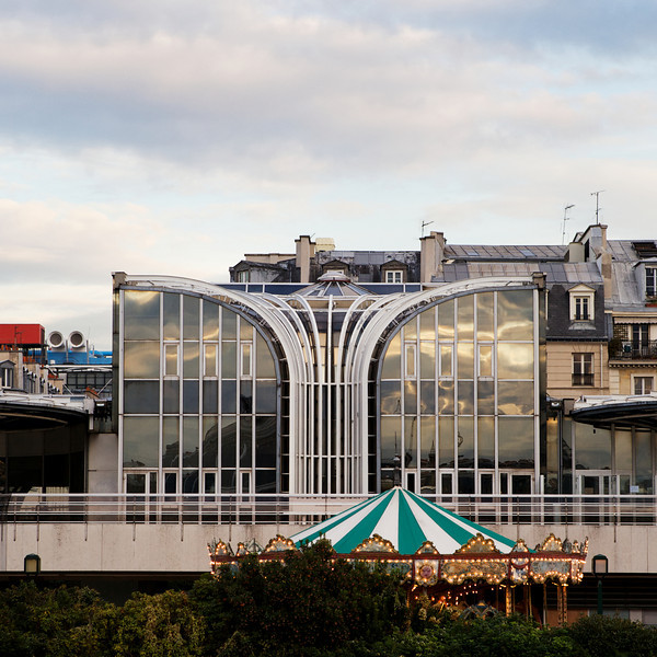 """Y"" the Forum des Halles"