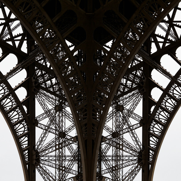 """V"" Eiffel Tower detail"
