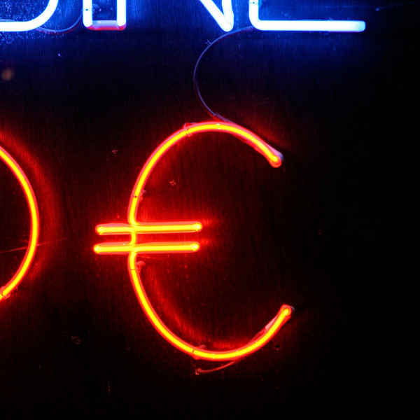 """E"" A neon euro sign at Pigalle"