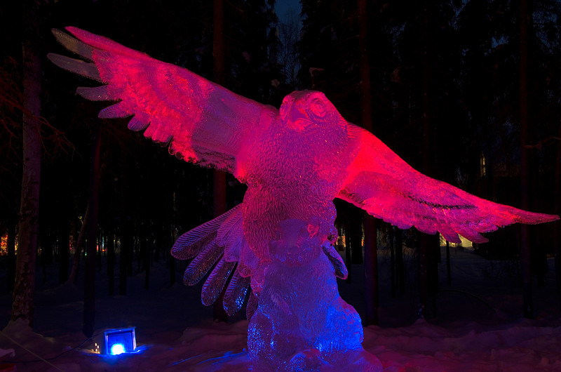 155  G Ice Sculpture Night Eagle
