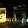 176  G Ice Sculpture Night Crapper
