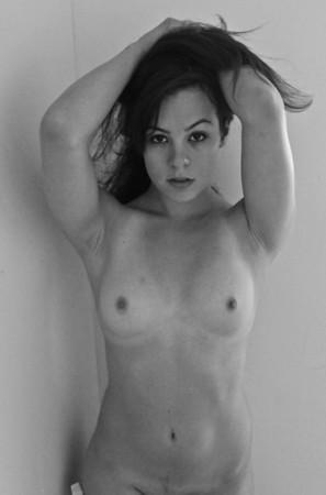 Angie (18+)