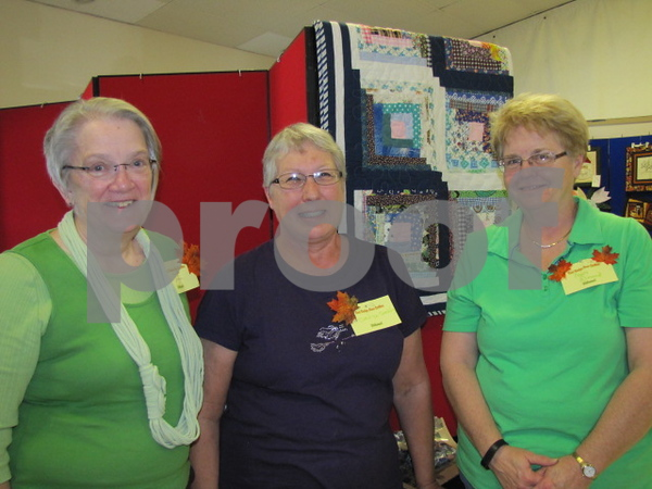 Rita Jordison, Carolyn Sandvig, and Mary Almond of the Fort Dodge Area Quilters were on hand to answer any questions.