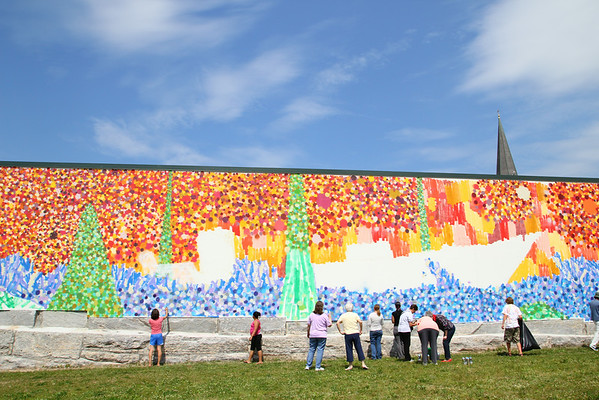 Arc of Opportunity helps paint Fitchburg mural