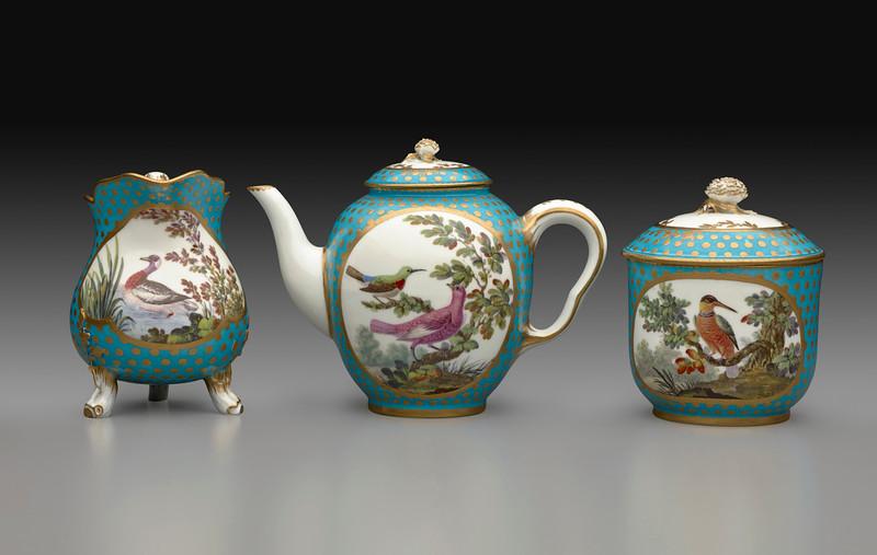 Tea Service (milk jug, tea pot, sugar bowl)