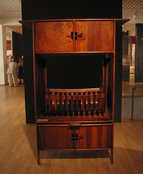 Sam Maloof cradle cabinet, Mingei International Museum, 11 Jun 2006