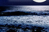 hawaii wave and moon