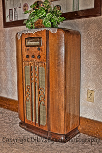 Can you imagine the history that came through this radio?