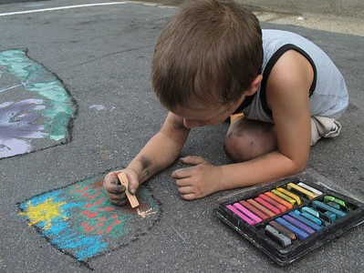 The Award-winning Modern ARF Sidewalk Chalk Painting Festivals/Sessions May - Oct. This project teaches young artists Il Madonnari style of street painting.  Photo: Andrea Scharnau