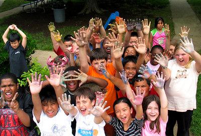 Ashlawn Elementary School, Arlington, VA Chalk Painting Workshop,  Arlington County Humanities Project Grant-Community Outreach 6/06 Preparation for CHALK4PEACE