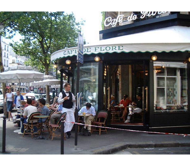 Café Flore à Paris 2002