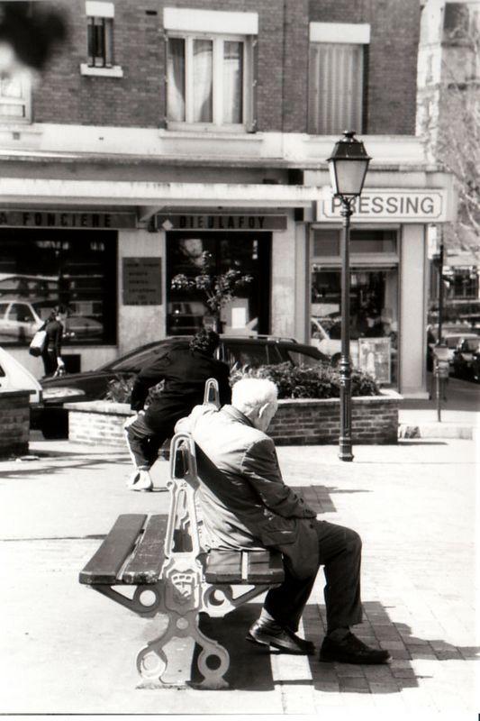 Paris  13 em  <br /> Bessa R 50mm<br /> Kodak tri x 400