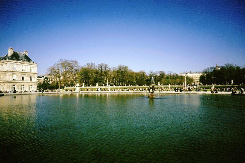 Luxembourg garden   <br /> Bessa R  35 mm    Fuji 400      Paris 2003