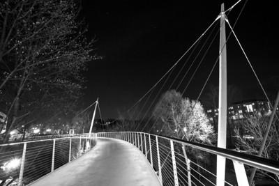 Liberty Bridge at dusk BW