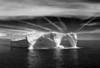 Ice Bergs & Contrails