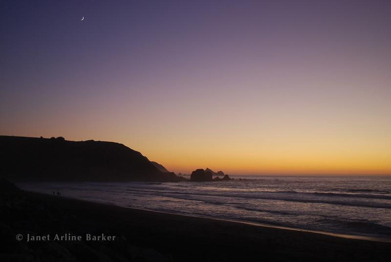 DSC_8642-sunset-new moon-pp