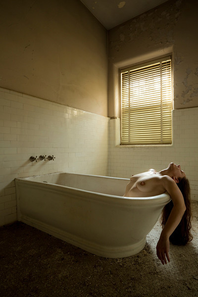 Model: Eva Lynch