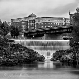 Winooski Falls (B&W)