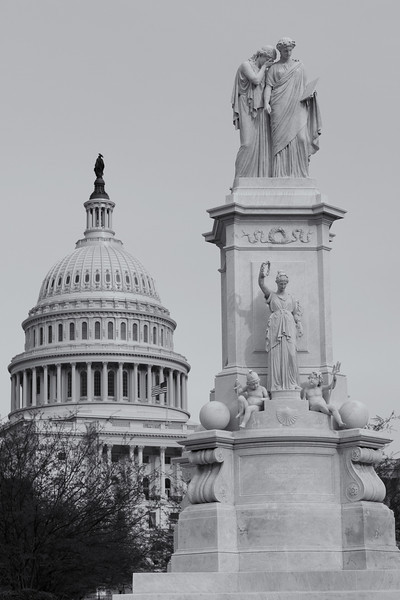 The Peace Monument with the US Capitol in the background