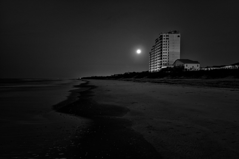 Blue Moon<br /> Ocean Isle Beach, North Carolina<br /> USA