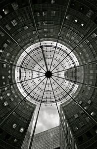 The Keyhole - La Défense Paris