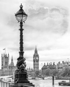 Looking across the Thames into Big Ben.