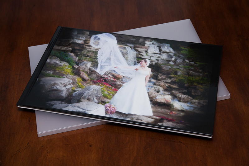 The amazing lay-flat book design is ideal for preserving your wedding, engagement, or family images in stunning detail.