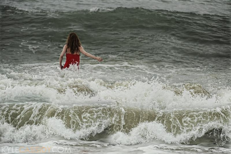 Eva vs the Ocean #2