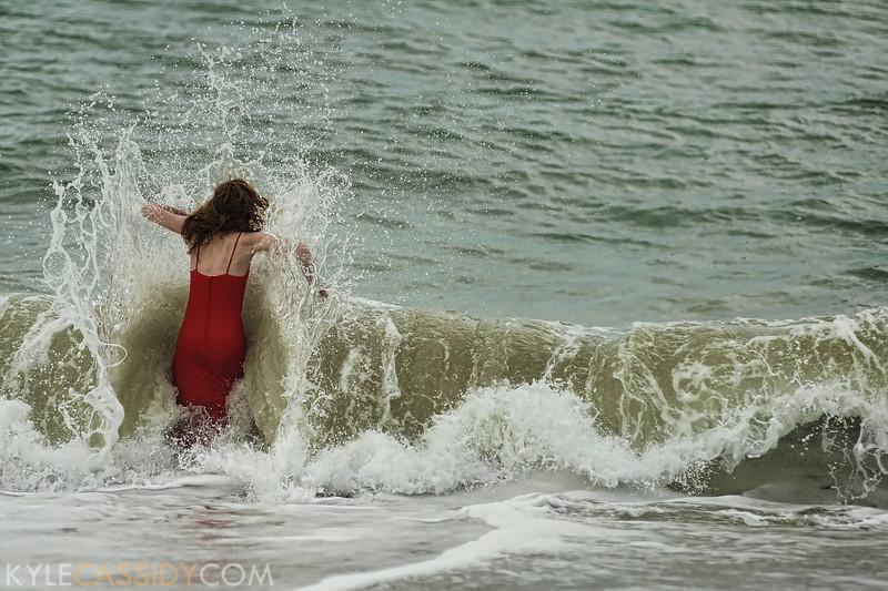 Eva vs the ocean #1.