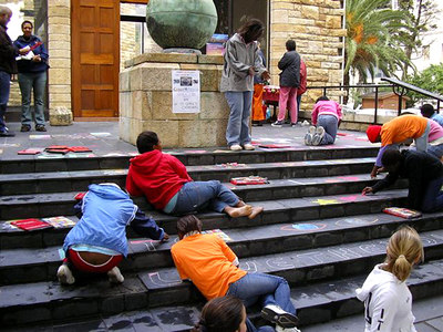 CHALK4PEACE 2006 Cape Town, South Africa St. George's Cathedral Artists brightening the steps... organized by the COMMUNITY ARTS THERAPY programme photo: Angela Rackstraw
