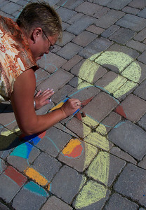 CHALK4PEACE 2007 Centennial Park, Geneva, New York 9/15 photo: Chapin Traugott