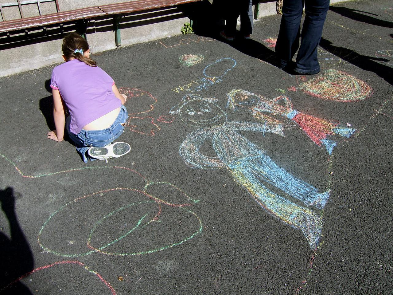 Cork School Project, Cork City, Ireland CHALK4PEACE 2007 photo: Louise Foott