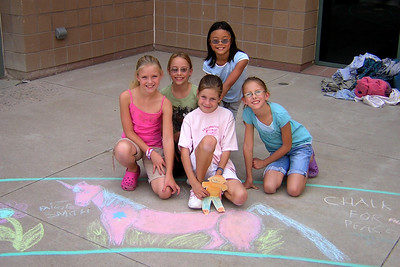 The Unicorn Girls Precision Chalk Team Superior Elementary School, Louisville, CO CHALK4PEACE School District Invitational Organized by Michael Wojzcuk, Arts Specialist Photo: Mike Wojzcuk