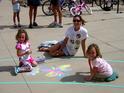 Butterfly Flower Girls Superior Elementary School, Louisville, CO CHALK4PEACE School District Invitational Organized by Michael Wojzcuk, Arts Specialist Photo: Mike Wojzcuk