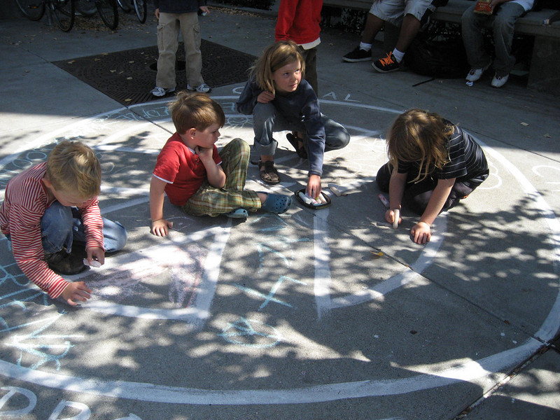 CHALK4PEACE 2008 Berkeley Public Library, Berkeley, CA photo: Erica Dean Glenn