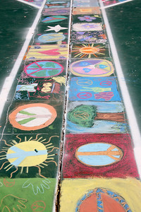 CHALK4PEACE 2008 The Crane Country Day School Montecito, CA photo: Teresa Pietsch