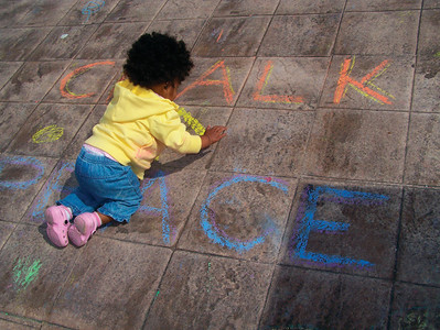 You're never too young for peace.. CHALK4PEACE 2008  BICENTENNIAL PARK, GENEVA, NY photo: Chapin Traugott