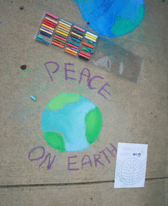 CHALK4PEACE 2008 Groveton Elementary School, Alexandria, VA photo: Marielle Mariano