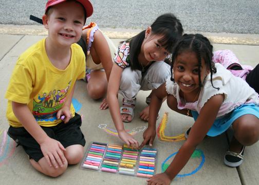 CHALK4PEACE 2008 Groveton Elementary School, Alexandria, VA photo: Marielle Mariano