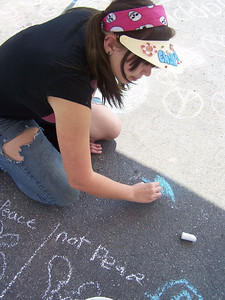 CHALK4PEACE 2008 Knoxville, TN  The Driveway of Paul and Jackie Fritts