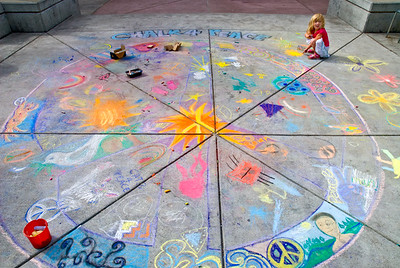 CHALK4PEACE 2008 MOCHA (Museum of Children's Art), Oakland, CA 9/20/08 Rae Holzman, Coordinator photo: Jerry Downs MOCHA C4P Gallery: http://modernarf.smugmug.com/gallery/6068977_7tNiU#380584154_PccnC