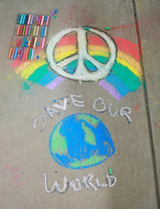 CHALK4PEACE 2008 Groveton Elementary School, Alexandria, VA Organized and photographed by Marielle Mariano, CHALK4PEACE East Coast Coordinator C4P Gallery: http://modernarf.smugmug.com/gallery/6068516_tb6DT#380571684_TTkSm