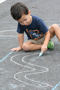 CHALK4PEACE '09 FB Meekins Preschool, Vienna, VA photo: Kelley Smith