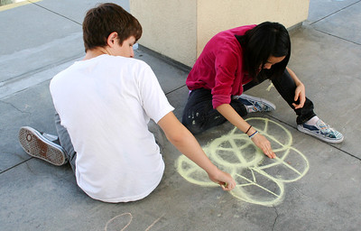 CHALK4PEACE 2009  9/12/09 CHILDREN'S DISCOVERY MUSEUM of SAN JOSE Organized By Sandy Derby Photo: Lisa Ellsworth Photography  http://modernarf.smugmug.com/Art/CHALK4PEACE-2009/CMDSJ/9706267_VZH9M#664217946_tbn6g