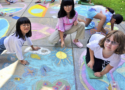 CHALK4PEACE '09 Waples Mill E.S., Oakton, VA 9/14/09 Organizer and photographer: Marilyn Miyamoto  http://modernarf.smugmug.com/Art/CHALK4PEACE-2009/Waples-Mill-/9721317_RyBjP#657731326_9wKLa