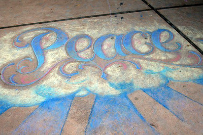 The LIVING PEACE of OJAI 9/19/09 Libbey Park, Ojai, California An interfaith, inter-generational peace festival that included CHALK4PEACE as one of the many events. Organizers: Darakshan Farber, Judy Gabriel, Laura Whitney and 80 Living Peace volunteers! More than 500 people attended! photo: Laura Whitney  http://modernarf.smugmug.com/Art/CHALK4PEACE-2009/LIViNGPEACEOJAI/9738273_sYa2b#662369087_mhNWV
