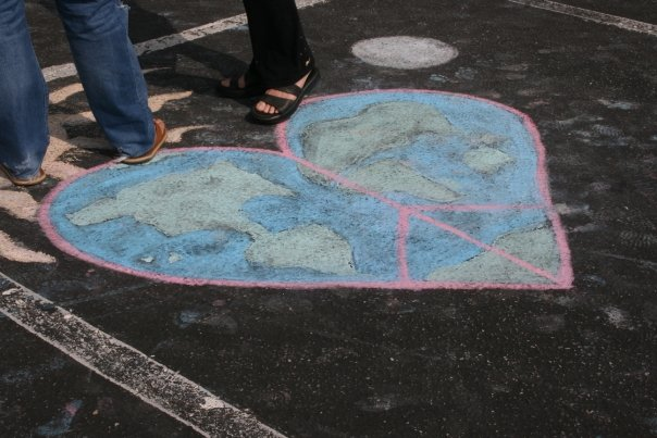 CHALK4PEACE '09 Love, Peace and Balance, Virginia, Beach, VA 9/19/09 Betsey Reid, Founder and Event Cooordinator photo: