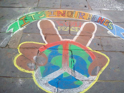 CHALK4PEACE '09 St. George's  Cathedral Cape Town, S. Africa 18/09/09 Organized by the Community Arts Therapy Programme photo: Angela Rackstraw