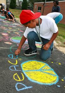 CHALK4PEACE '09  Woodlawn E.S., Alexandria, VA 10/02/09 Organized by Marielle Mariano photo: