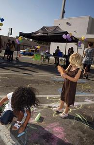 INDIGO PROJECT'S L.A. ARTWALK with CHALK4PEACE 9/19/09 Bank of America's parking lot, Los Angeles, CA Photo: Justin Davidson